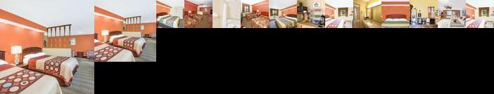 Super 8 by Wyndham Wilmington Motel