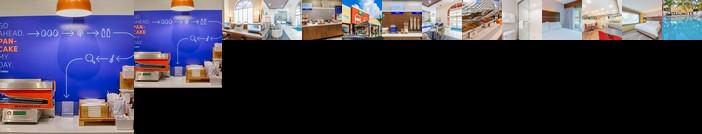 Holiday Inn Express Hotel & Suites Bradenton West