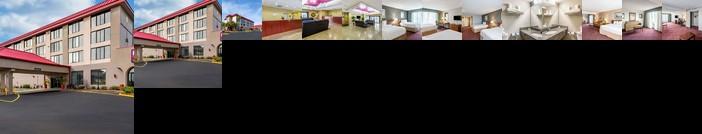 Ramada by Wyndham Lakeland Hotel
