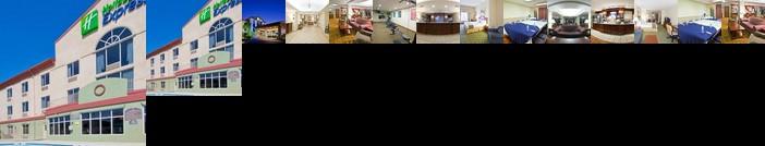Holiday Inn Express Hotel & Suites Live Oak