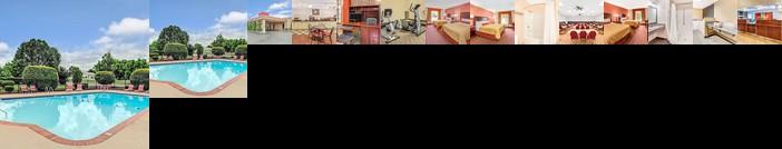 Ramada by Wyndham Murfreesboro Hotel