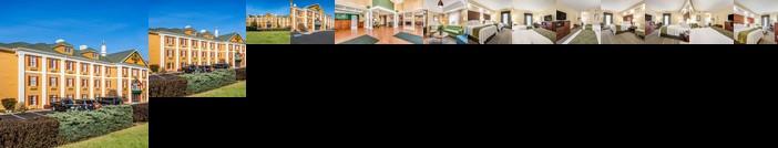 Quality Inn Oak Ridge