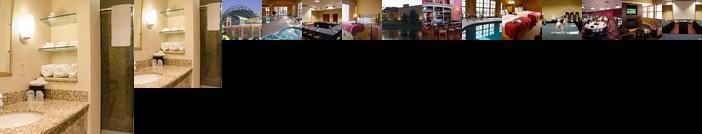 Holiday Inn Hotel Pewaukee-Milwaukee West