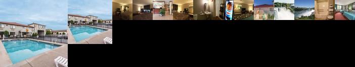 Super 8 by Wyndham Niagara Falls Hotel