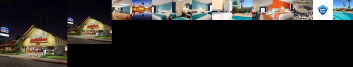 Howard Johnson by Wyndham San Diego State University Area Hotel
