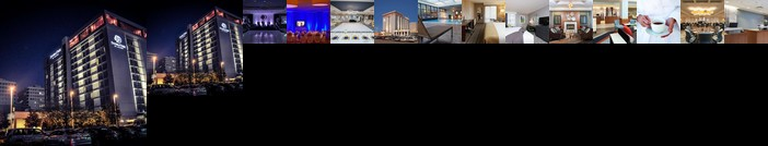 DoubleTree by Hilton Hotel and Conference Center Chicago North Shore