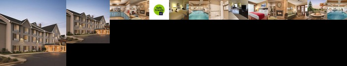 Country Inn & Suites by Radisson West Bend WI