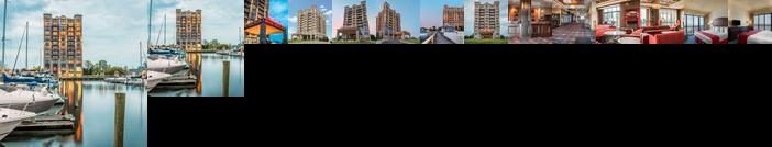 Shoreline Inn & Conference Center an Ascend Hotel Collection Member