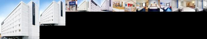 Travelodge Hotel Feltham London