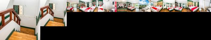 Nillys Marina Inn