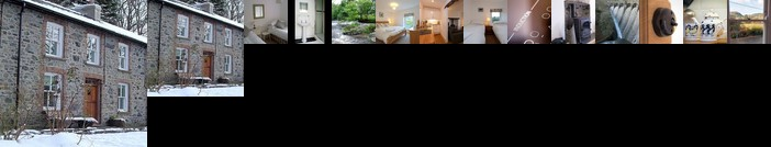 Bronfelin & Troed y Rhiw Holiday Cottage