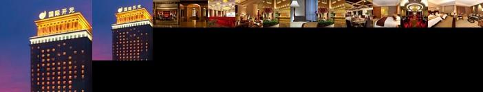 New Century Pujiang Hotel
