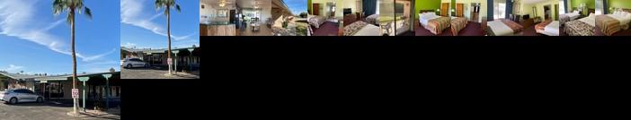 Desert Grove Inn and Suites