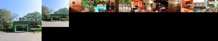 Hotel Villa Del Sueno