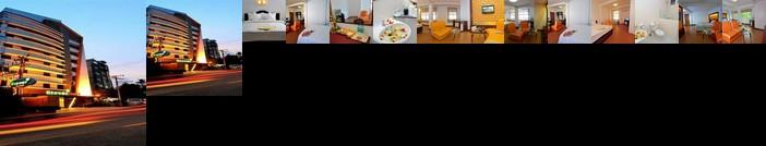 Clover Hotel Yangon