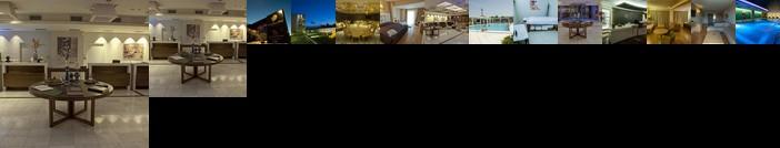 Arty Grand Hotel