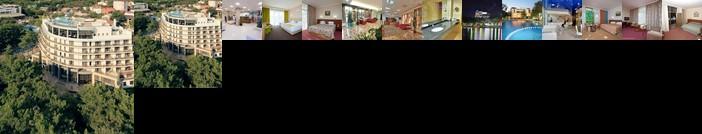 Primorie Grand Resort Hotel