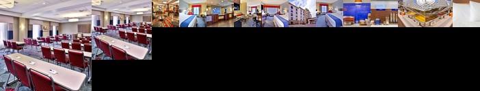 Holiday Inn Express & Suites Oak Ridge