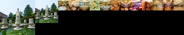 Lilac Hotel