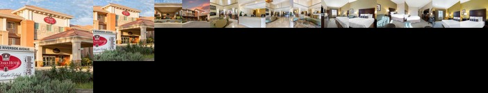 The Oaks Hotel & Suites an Ascend Hotel Collection Member