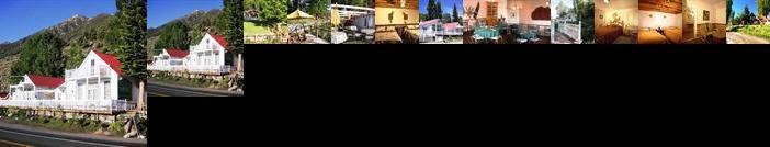 Tioga Lodge at Mono Lake