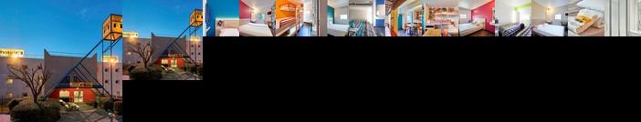 Hotelf1 Saint Denis Stade