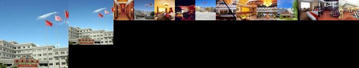 Lhoka Yarlung River Hotel - Tibet