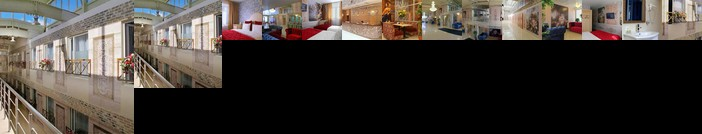 Gallery Voyage Hotel
