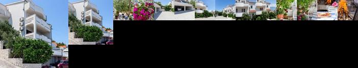 Apartments in Villa TOP TROGIR