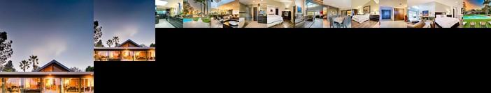 8425 - Endless Vistas Six-Bedroom Holiday Home