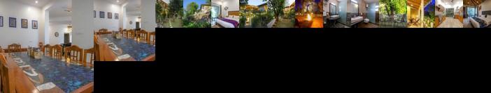 Mistletoe House by Vista Rooms