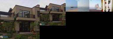 Aranya Gold Coast Seaview Villa