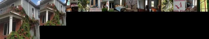 Evangeline Art House