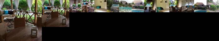 Villa Tsavo with swimming pool/close to the beach