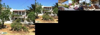 Maria's villa Tinos