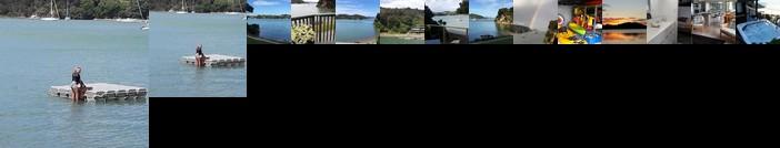 Water's Edge Bay of Islands