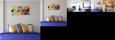 Comfort King Bed & Big TV Steps To Mag Mile