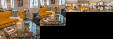Huge -Stylish- Hollywood Duplex - Central Location