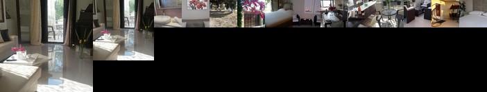 Athina's Villa