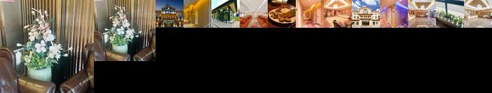 Five Leaf Clover Theme Hotel