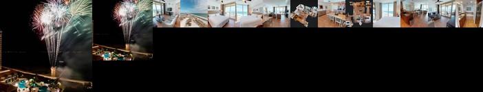 Luxurious 2 BR Condo with Panoramic Ocean Views
