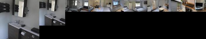 Quiet Luxury Countryside 2 Bedroom Detached Home