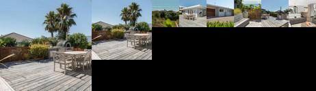 Seaside Beach Retreat - Outdoor living