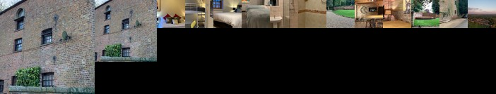 The Carriage House Sleeps 18+ York