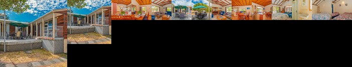 Twin Harbour Hub - Pauanui Holiday Home