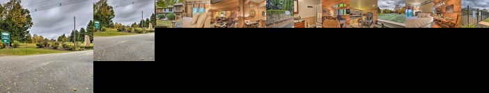 Resort Townhome - 2 Mi to Seven Springs Mtn