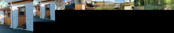 Cae'R Meddyg Farm B&B With Private Annexe