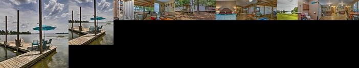 Jordan Lake Home w/Shared Dock & Boat Slip
